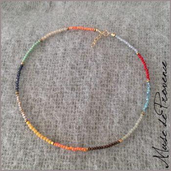 collier-cristal-multicolore
